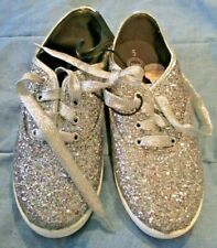 NEW NWT WONDER NATION TENNIS SHOES SILVER GLITTER SNEAKERS WOMENS 5
