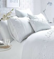 Rapport Luxury Papillion Embroidered Butterfly Duvet Cover Bedding Set White