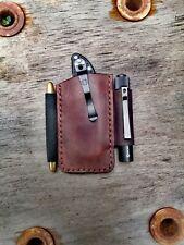 Spyderco Delica Olight I3T EOS Fisher Space Pen Leder Etui Pouch Scheide Custom