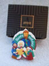Avon Happy Holidays Carolers Christmas Pin New