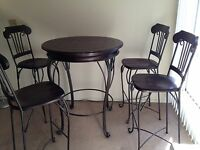 LA area: Beautiful 5-Piece Abbey Glen Bistro Set of Pub Table and 4 Bar Chairs!