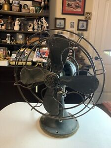 Antique General Electric Form ANI Cat 75423 3 Speed Oscillating Desk Fan.