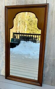 """Vintage Hitchcock Queen Anne Chippendale Form Large 47"""" Walnut Wall Mirror 60s"""