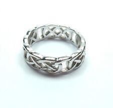 White Gold Celtic Band Ring 9 carat gold