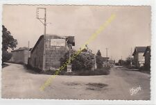 CPSM 33620 CEZAC Entrée du Bourg Route de PUGNAC Edit RENAUD & BUZAUD 1951