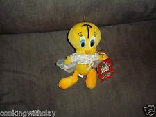NEW WARNER BROTHERS STUDIO STORE 2000 TWEETY BIRD SUGAR PLUM FAIRY BEAN BAG TAG