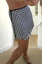 Betina Gris Negro Blanco de pailette Camisa Dobladillo Mini Falda UK10