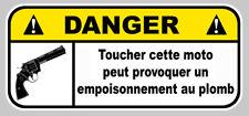 DANGER NE PAS TOUCHER PLOMB COLT JDM HUMOUR AUTO MOTO STICKER 12cmX5,5cm (DA198)