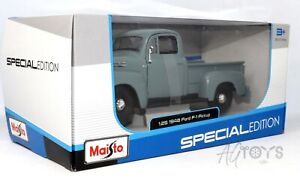 1948 Ford F-1 Pickup Truck Grey/Blue 1:25 Scale Die-cast Model Car by Maisto