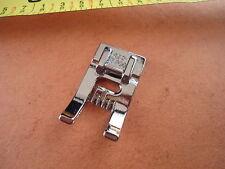 Husqvarna Viking pied A  9 nervures avec plaque de relief 5mm #4123700-45