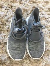 women's tubular adidas shoes Size 5,5