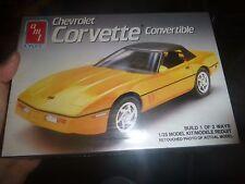 AMT 1990 CHEVY CORVETTE CONVERTIBLE 1:25 FS Model Car Mountain KIT