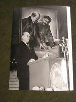 Berlin-DDR-Ostberlin Pressefoto Porträt von Karl Schirleman SED von 1953