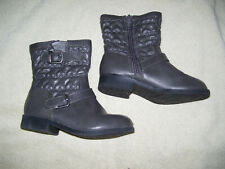 Girl's Faded Glory Gray Boots Size 8