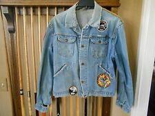 VTG. EARLY 70s WRANGLER DENIM HIPPY JEAN JACKET WITH RECORD CO. PATCHES