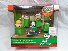 2013 Forvever Fun Peanuts Christmas School Concert Choir Set of 5 Snoopy Lucy