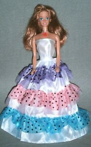 VINTAGE 1997 SWEETHEART BARBIE w/ RED HAIR ~ ORIGINAL NECKLACE & BRAND NEW GOWN!