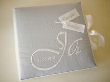 Hochzeitsalbum, Fotoalbum zur Hochzeit, bestickt, personalisiert, Taft, grau