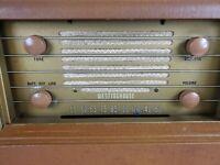 Westinghouse H-165 Vintage Vacuum Tube radio. works