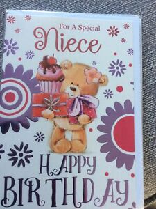 Happy Birthday To A Special Niece. Cute Teddy And Flowers Design Quality Card.