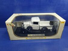 1931 Ford Model A Pickup truck White:18 Signature Models 18113