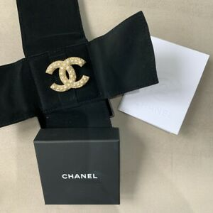 Chanel Brooch 100% Authentic Comes With receipt