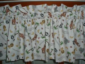 baby zoo people PREMADE LINED VALANCE with Bazoople Sweet little DREAMS FABRIC
