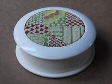 VINTAGE ROUND WOODEN TRINKET BOX WITH NEEDLEPOINT LID #2
