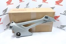 Honda XL 125 V Varadero Right Foot Step / Rest Bracket Holder Genuine New