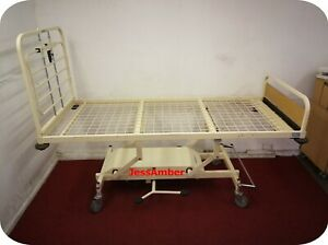 HYDRAULIC VARIABLE HEIGHT HOSPITAL BED. CARE HOME. TRAINING. WORKBENCH. CHARITY
