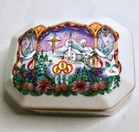 """Vintage HERITAGE HOUSE Melodies Of Christmas Porcelain Music Box """"O Holy Night"""""""