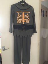 Haloween costume size 9-10 years