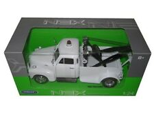 Welly 1953 Chevrolet Tow Truck White 1/24 Diecast Car 22086WMJ-WHND