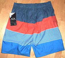 Oakley Mens Wander 20 Boardshorts   Color: Grenadine   Size: Large (L)    NWT