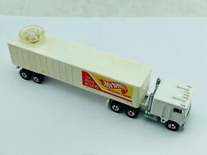 Hot Wheels Blackwall Steering Rig HW RACING TEAM KENWORTH White Truck CLEAN !!