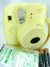 Fujifilm Instax Mini 8 fotocamera istantanea giallo con 10 scatti Pellicola Pack & batterie