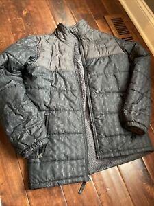 The North Face Boy's Reversible Mount Chimborazo Jacket Gray And Black  Print Xl