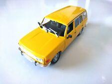 Wartburg 353 Tourist - 1:43 DIECAST MODEL CAR USSR DeAGOSTINI P50