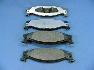 Bosch Brake Pad Set for 94-03 Bronco E150 Econoline F-150 FRONT