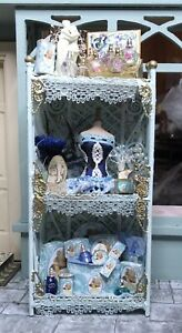Luxury 1:12th Scale Blue and Gold Ladies Display