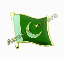 PAKISTAN FLAG HAT PIN / BADGE - BRAND NEW