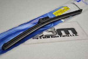 2010-2016 Cadillac SRX RH Passenger Side Windshield Wiper Blade new OEM 22870540
