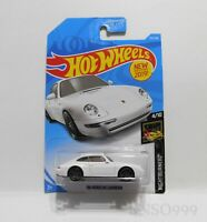 New 1996 PORSCHE CARRERA 1/64 scale diecast white Hot Wheels car model