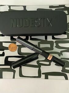 NUDESTIX Concealer Pencil in LIGHT 3 * Includes Sharpener and Mirrored Case