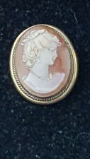 Vintage 1940s Shell Cameo Elegant lady Detailed Brooch Pendant