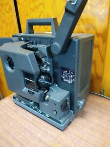 BELL & HOWELL 2592 16MM FILMOSOUND FILM PROJECTOR CLEAN WORKING CONDITION