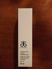 Arbonne Perfecting Liquid Foundation SPF 15 Deep Beige 30 ml