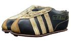 Adidas Schuhe 10,5cm deutsche Fussball Nationalmannschaft 1962 13 Autogramme DFB