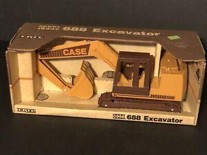 Vintage Case Excavator 688 Ertl #637 diecast 1:16 model 1988 original box