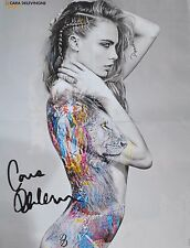 CARA DELEVINGNE - A2 Poster (XL - 42 x 55 cm) - Clippings Fan Sammlung NEU